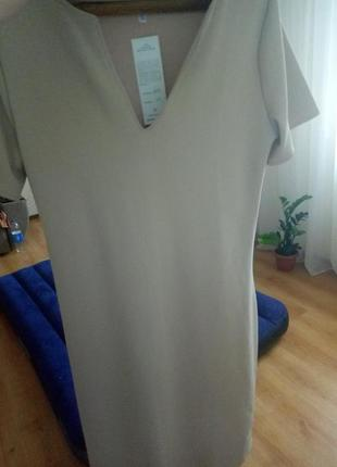 Очень привлекательное платье