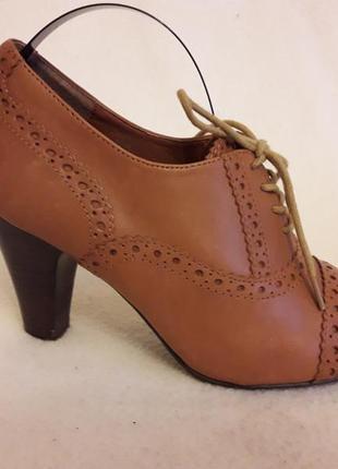 Стильные кожаные туфли броги фирмы next p. 37 стелька 24 см