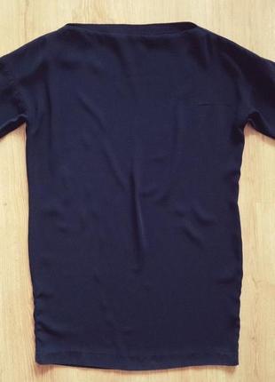 Лаконичное платье-футляр маленькое черное платье мango