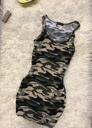 Платье в стиле милитари хаки