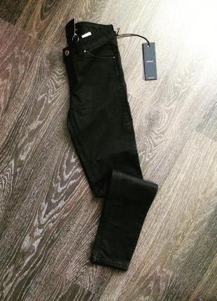 Очень классные чёрные штаны фирмы kocca