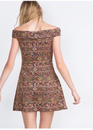 Жаккардовое платье в принт zara,p.m-l