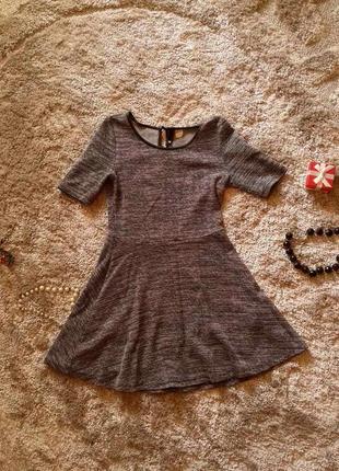 Короткое красивое платье