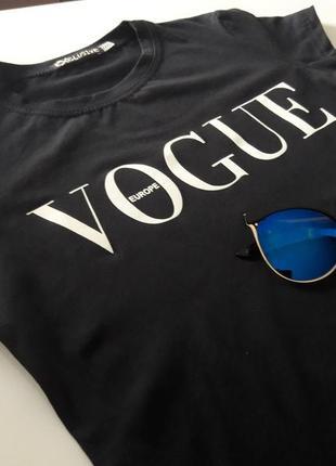 Женская футболка в стиле vogue размер l