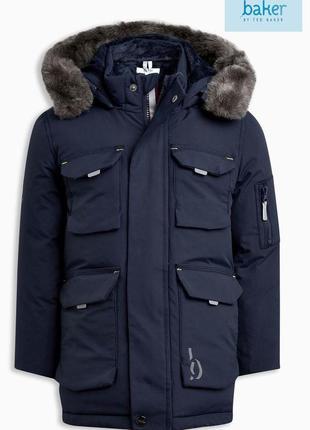 Очень крутая куртка ted baker 4-5лет