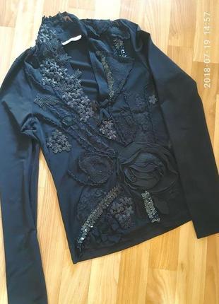 Очень красивая, нарядная блуза vipart
