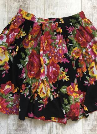 Стильна цветочна юпка