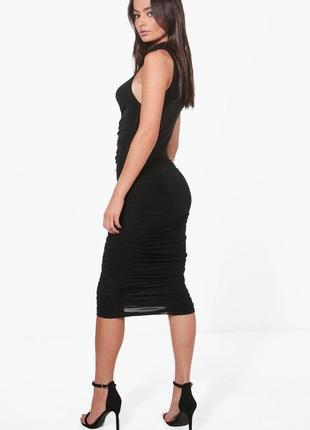 Стильное платье от boohoo