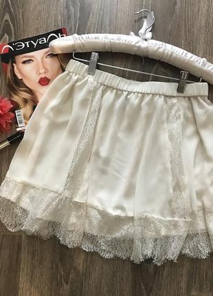 Нежная юбка с кружевом