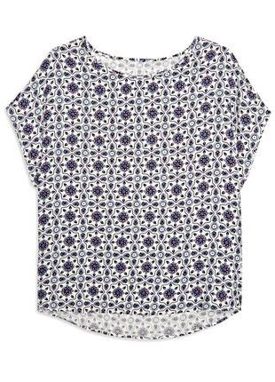 Свободная блуза с ярким узором