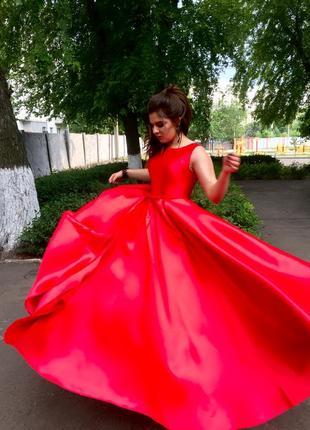 Выпускное платье. jovani