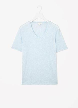 Голубая футболка cos