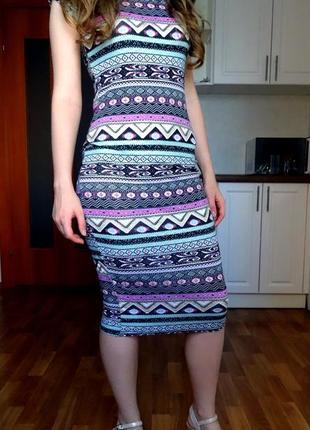 Платье миди из вискозы с геометрическим принтом