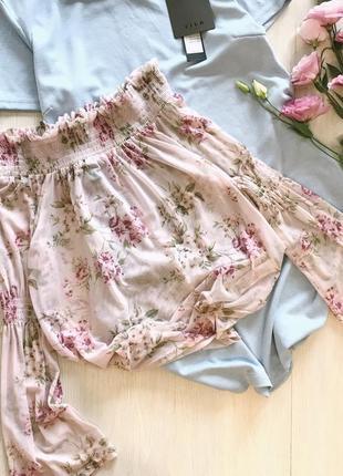 Нежная блузка блуза  с открытыми плечами цветочный принт