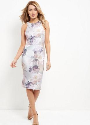 Миди платье в цветы new look