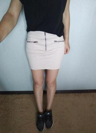 Стильная юбочка пудрового цвета от h&m