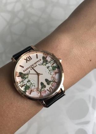 Женские красивые часы lvpai с ремешком из кожзама черные