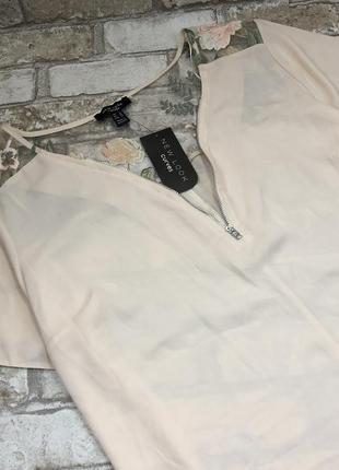 Красивая нежная блуза удлиненная с сеткой и вышивкой