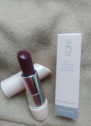Ультралегкая губная помада oriflame 5-в-1 the one colour stylist featherlig 32719