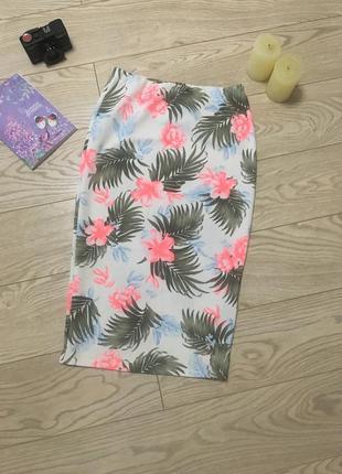 Мега стильна юбка міді , принт 2018