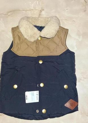 Тепла жилетка для маленького модника 9-12 міс  mothercare