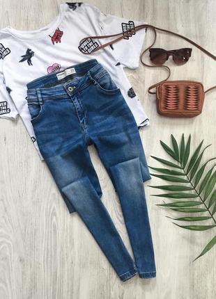 Голубые джинсы zara / скинни / штаны / джеггинсы с потертостями