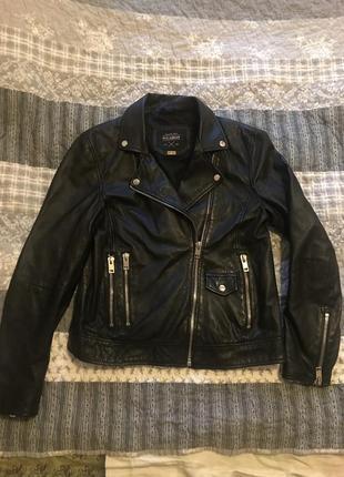 Натуральная кожаная куртка pull&bear