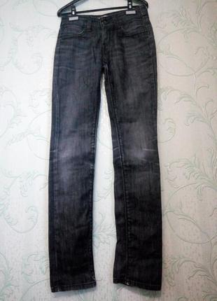 Оригинальные прямые джинсы levi's