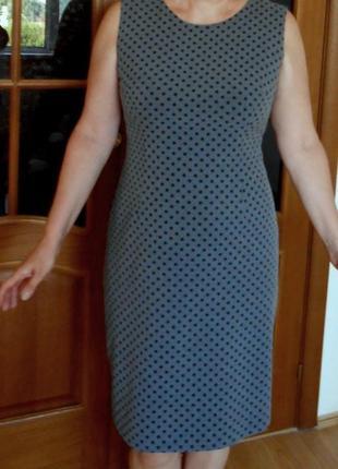 Платье летнее oodji футляр миди офисное в горошек по фигуре на подкладке размер l
