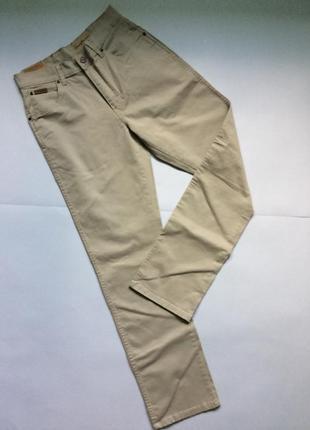 Качественные летние джинсы от wrangler