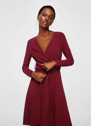 Шикарное платье винного цвета