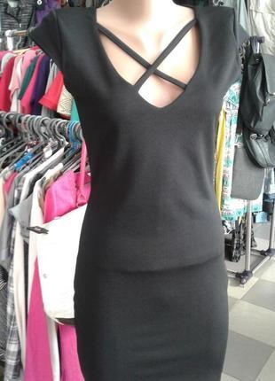 Маленькое чёрное платье cameo rose от new look