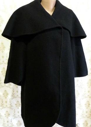 Шикарное пальто из толстой  валяной шерсти.  италия.