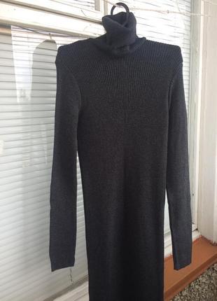 Идеальное темно-серое платье