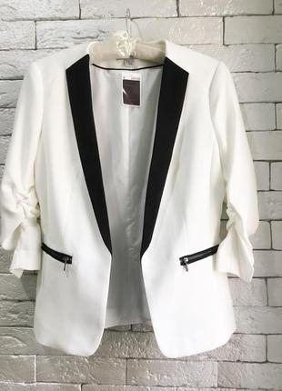 Красивый пиджак с лацканами h&m,p.m-l