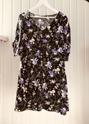 Платье чёрное в цветы вискоза george