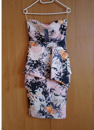 Шикарное платье футляр бандо