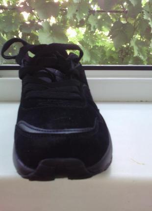 Кроссовки, легкие, замшевые