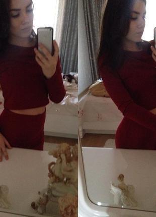 ... Бордовое платье-костюм (топ с длинными рукавами и юбка)3 d6a79792a1a97