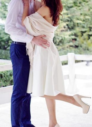 Шикарное платье цвета айвори, выпускное, свадебное