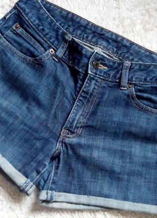 Р s-m, джинсовые шорты gap