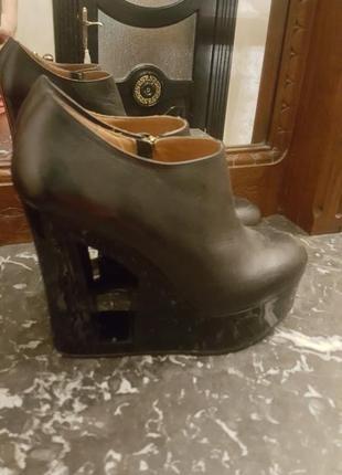 Трендовые ботинки из натуральной кожи