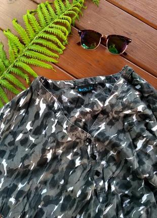 Актуальная рубашка/блуза комуфляж