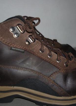 Отменные ботинки timberland(р.35)