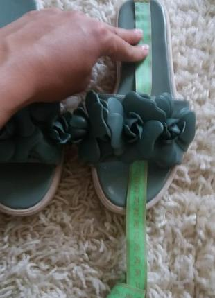 Шлепки сандали сланцы
