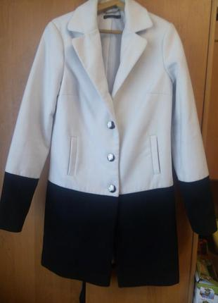 Стильное пальто kira plastinina осень-весна