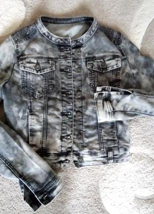 Стильный джинсовый пиджак