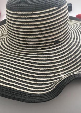 Шляпа пляжная с широкими полями