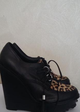Кожаные туфли на платформе aldo