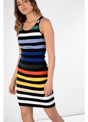 Смугаста сукня glamorous